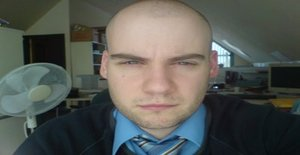 Phil79 39 years old I am from Swansea/Wales, Seeking Dating Friendship with Woman