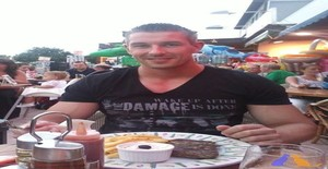 Francois2013 46 years old I am from Corwen/Pays de Galles, Seeking Dating Friendship with Woman